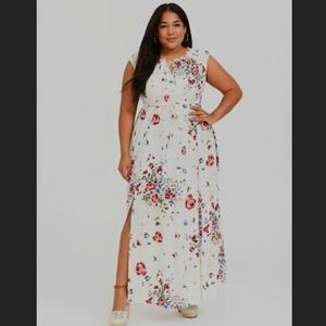 NWT TORRID Floral Maxi Dress with Side Slits